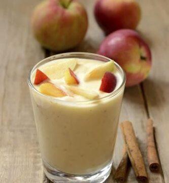 Mousse de manzanas y canela con miel de castaño